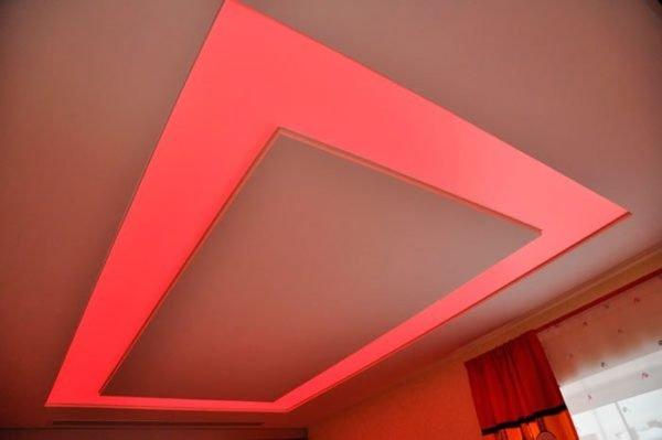 Монтаж двухуровневого потолка из гипсокартона с подсветкой