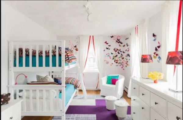 """Двухъярусные кровати могут быть классическими, со столом, со шкафом, трансформирующимися или """"матрешками"""""""
