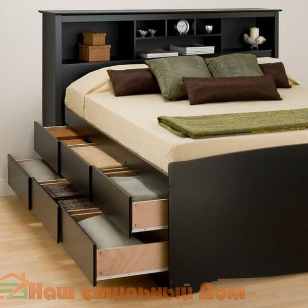 Фото кровати с двухуровневыми выдвижными ящиками