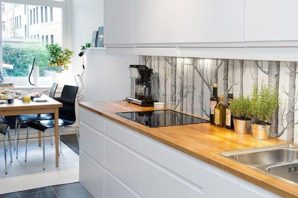Фотопечать позволяет подобрать любое изображение для декора кухонных поверхностей