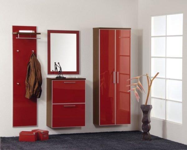 Глянцевое лакокрасочное покрытие мебели, собранной из ДСП
