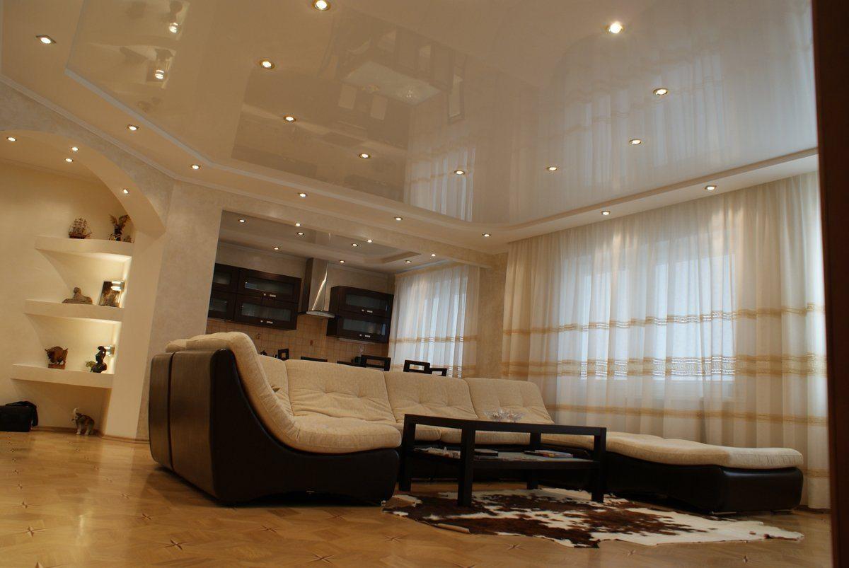 центре натяжные потолки фото для зала в квартире следователи