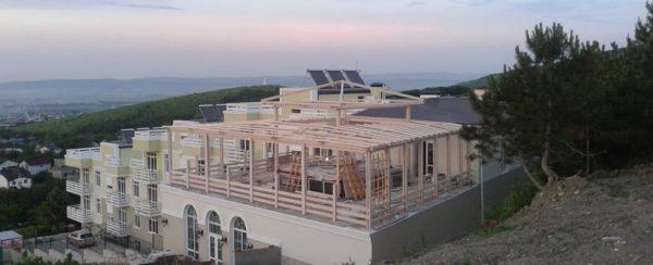 Готовый дом или баня из клееного бруса может быть построена в течение нескольких дней