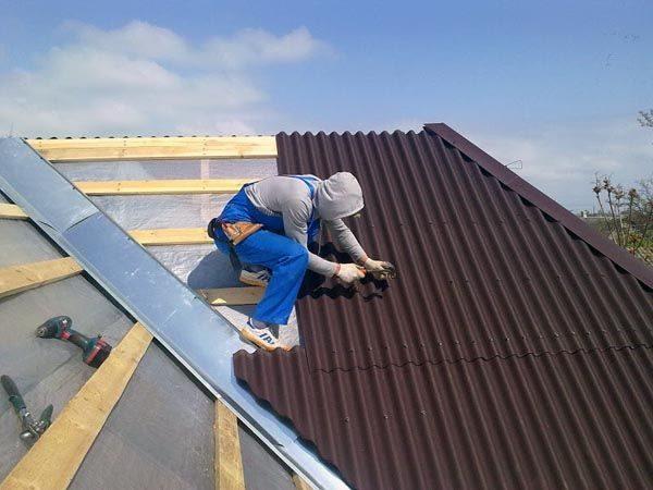 Грамотно составленный акт позволит избежать лишних расходов на ремонт крыши частного дома