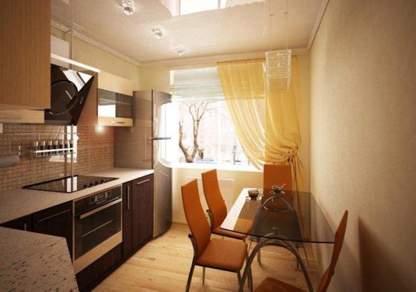 И в однокомнатной, и в трехкомнатной квартире в панельном доме, кухня не отличается большими габаритами