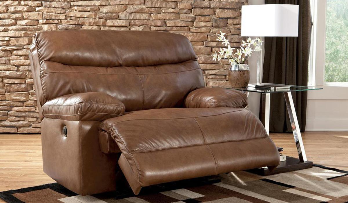 Кресло с раскладной подставкой делается разных размеров