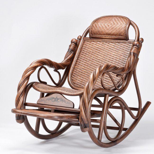 Кресло-качалка — украшение интерьера