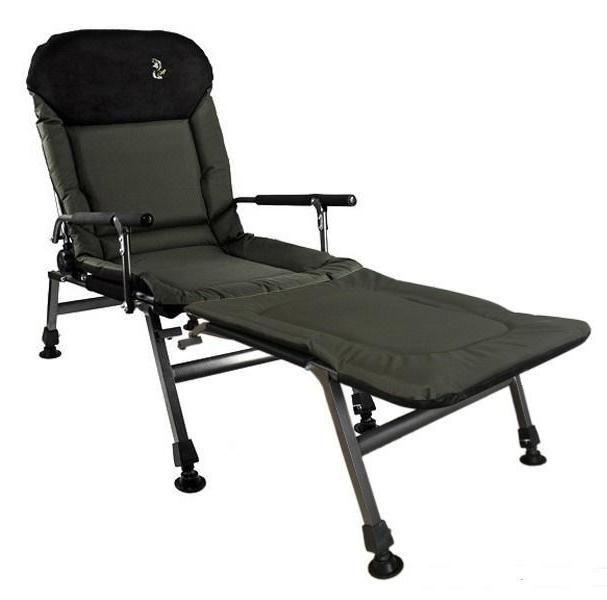 Полностью раскладывающееся кресло может использоваться как спальное место