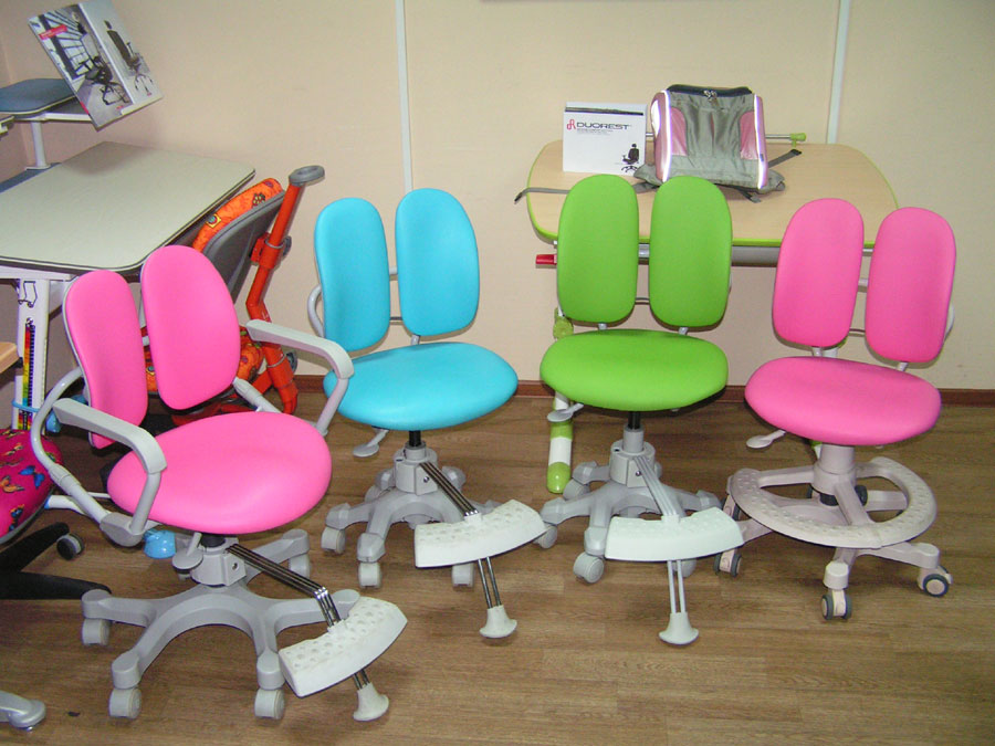Внешнее оформление - это первое, на что обращаешь внимание при выборе кресла, но есть немало других не менее важных факторов, о которых также не стоит забывать