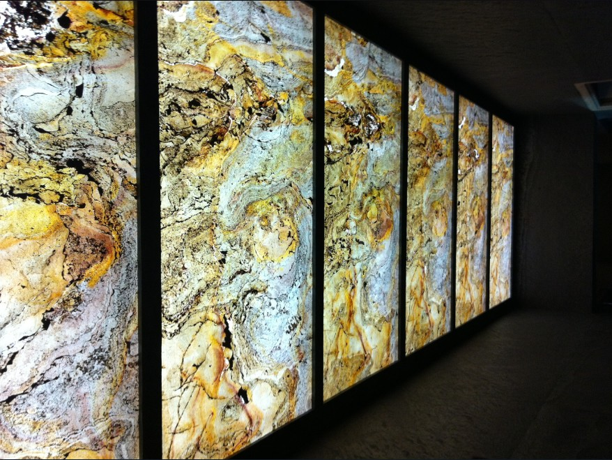 Акриловые панели, имитирующие срез камня