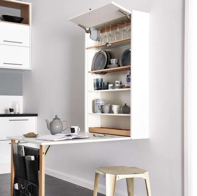 Пример многофункциональной конструкции для кухни, заменяющей и шкафчик для посуды