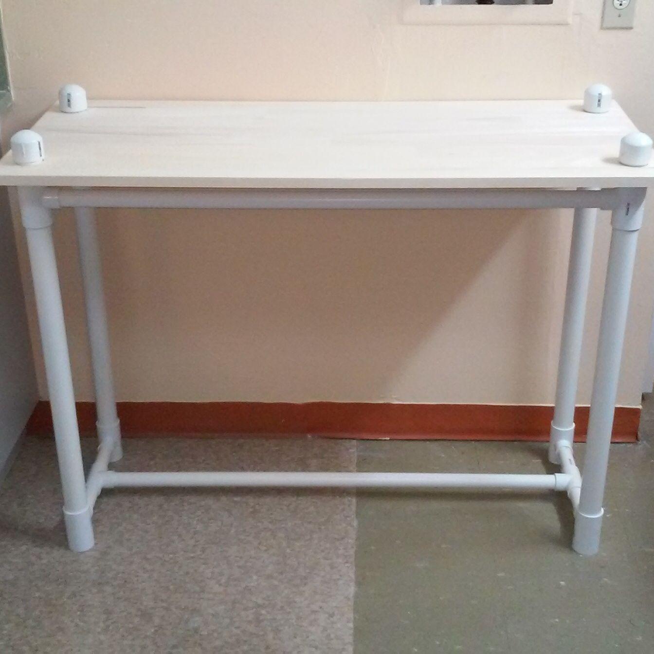 элемент скрытой столы из пластиковых труб фото для