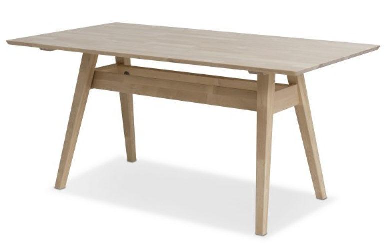 Так выглядит готовый стол.