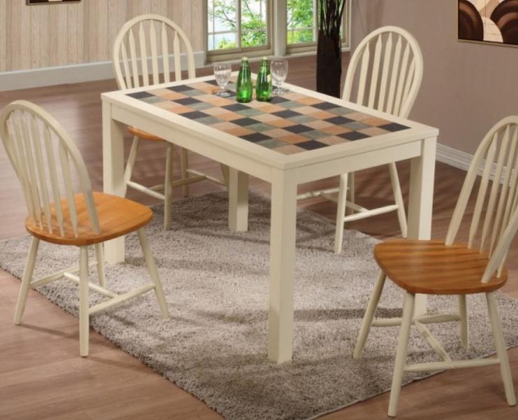 Можно найти модели с керамической плиткой в разных стилистиках исполнения