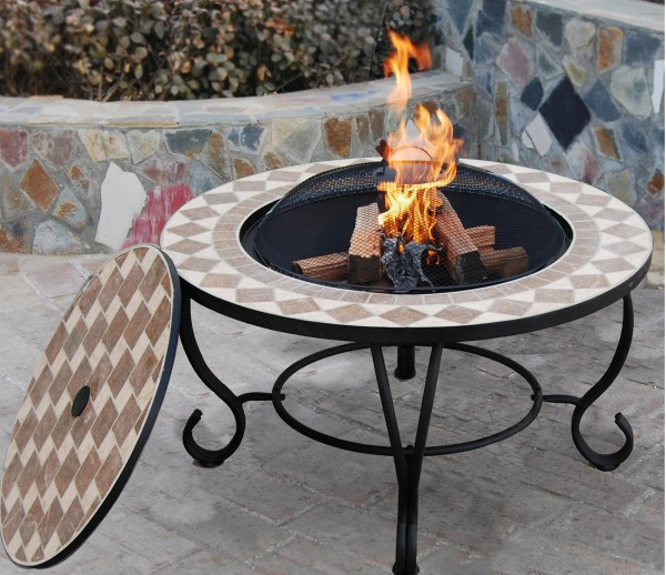 Температура в жаровне барбекю или мангале слишком низкая чтобы повредить керамическую отделку.