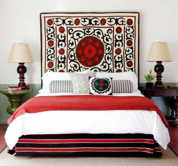 Использование ковра считается самым быстрым способом декора.