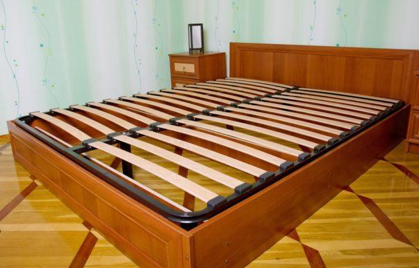 Качественное основание под матрас — обязательный атрибут современной кровати