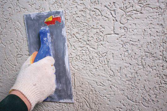 Качество затирки во многом зависит от равномерности застывания покрытия