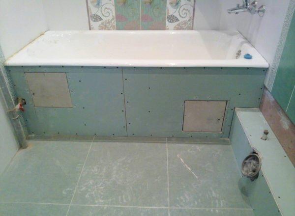 Короб под ванну и ревизионные дверцы
