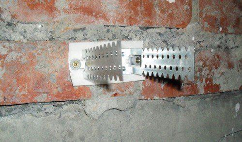 Крепление подвеса к стене