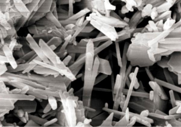 Кристаллическая структура цемента после гидратации.