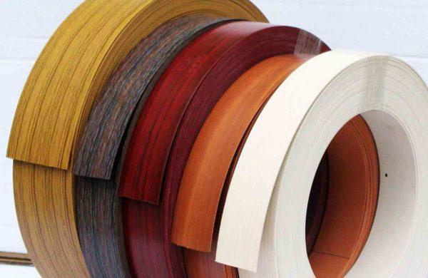 Кромка для декорирования может быть любой цветовой гаммы и ширины