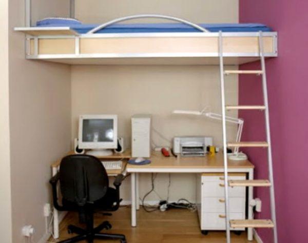 Кровать в нише — целесообразный вариант