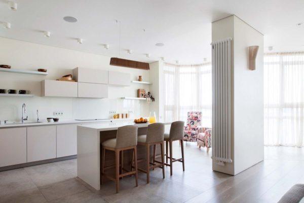 Кухонная часть объединенной гостиной