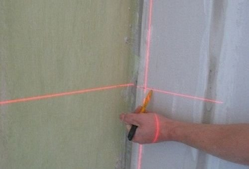 Лазерный уровень – современное решение для разметки стен под каркас