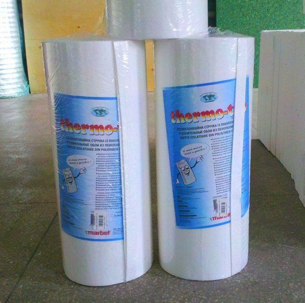 Материал продается в удобных рулонах шириной 50 см и длиной от 14 до 20 метров