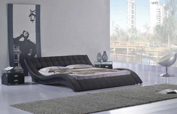 Мебель из кожи подходит к любому оформлению комнаты, в том числе и к суперсовременной обстановке.