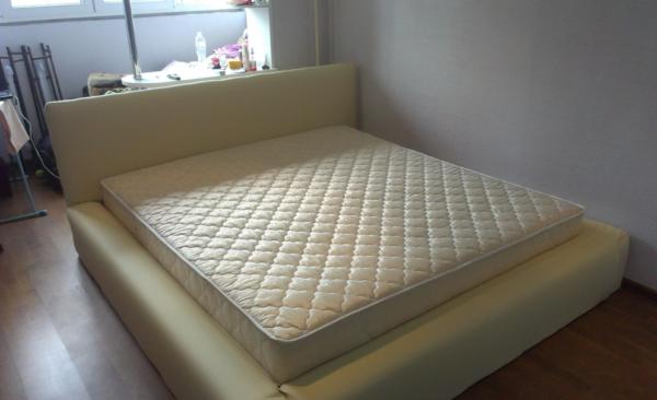 Мебель может быть красивой, комфортной и недорогой и сделать ее можно своими руками