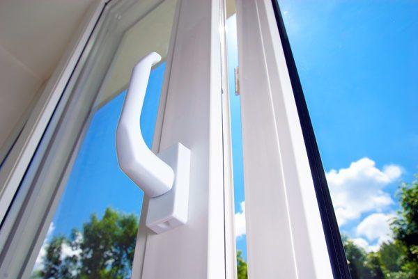 Металлопластик, ПВХ, евро окна – названия одной конструкции