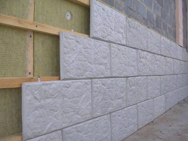 Монтаж на кляймеры вентилируемого фасада