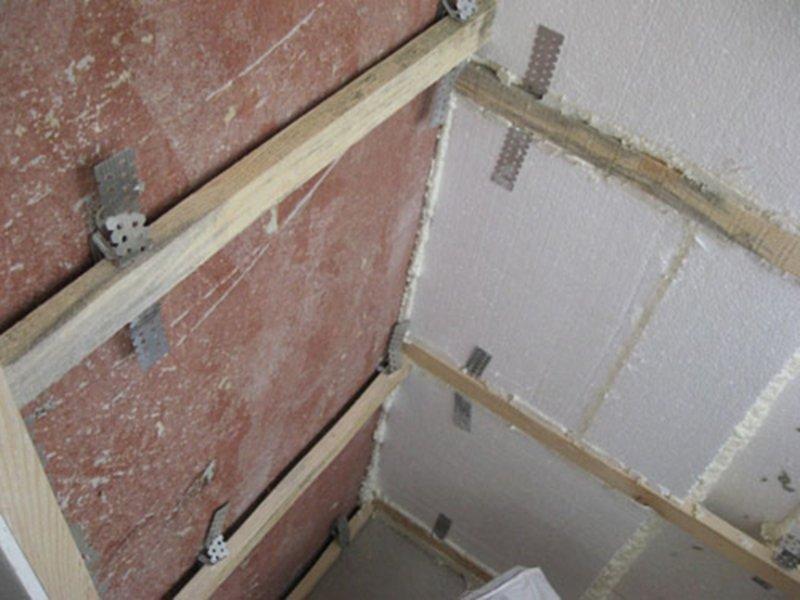 Как самим обшить балкон внутри пластиковыми панелями.