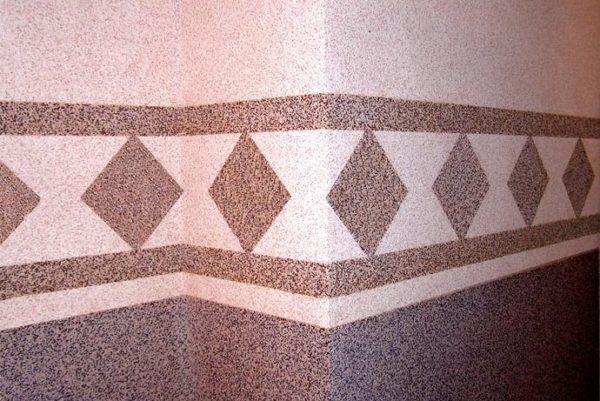 На фото наглядно продемонстрированы декоративные возможности камешковой штукатурки