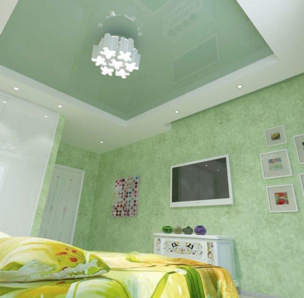 На фото пример удачного сочетания зеленого с белым
