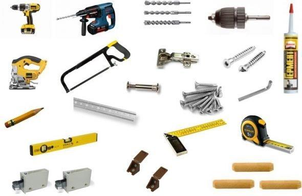 Набор инструментов и материалов.