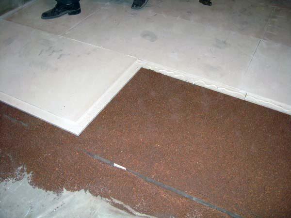 Напольные плиты применяются при монтаже сухой стяжки