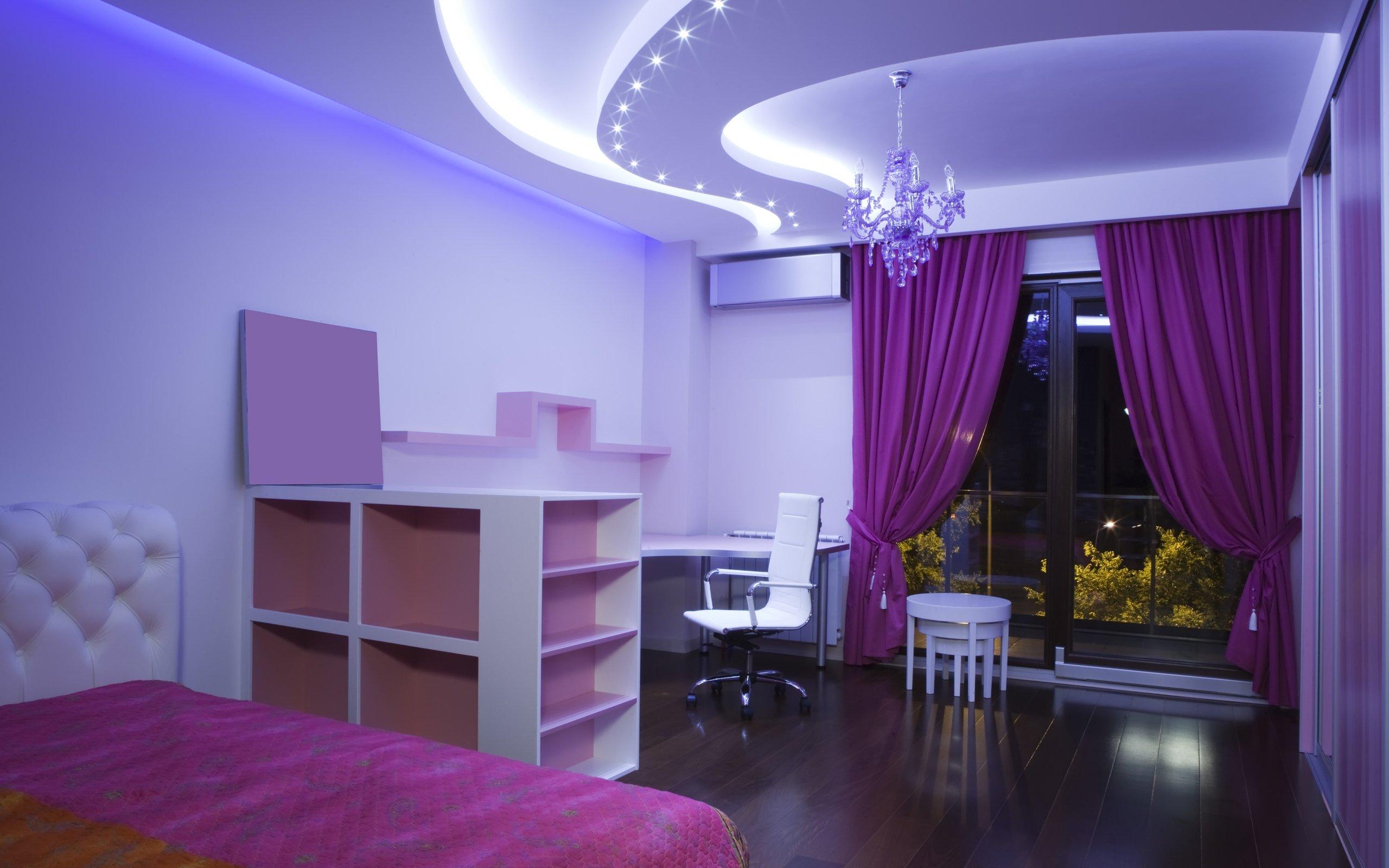 Дизайн потолков комнаты