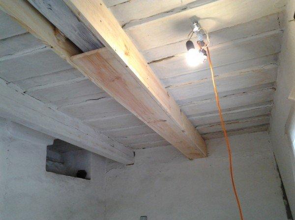 Как сделать балки на потолок