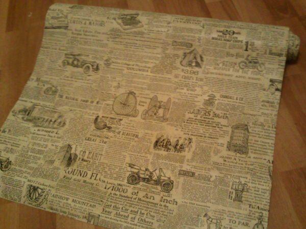 Обои в стиле газеты продаются в обычных рулонах