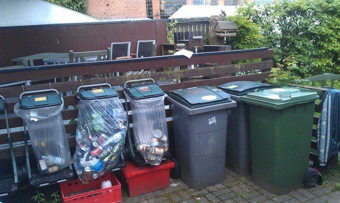 Образцовая европейская площадка для мусора