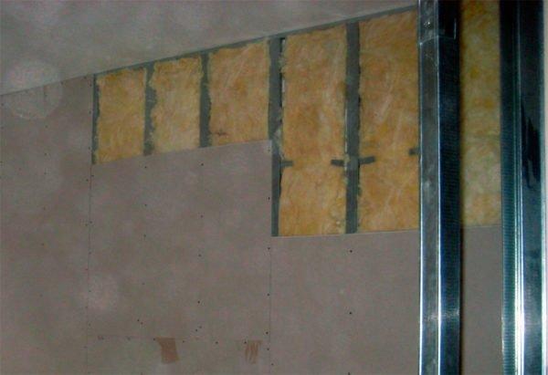 Обшивка задней стенки перегородки