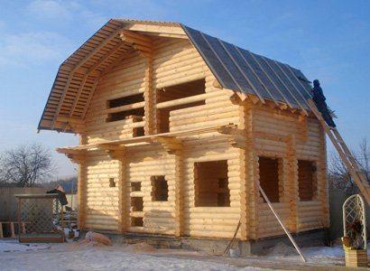Одноэтажные дома целесообразней строить с мансардой
