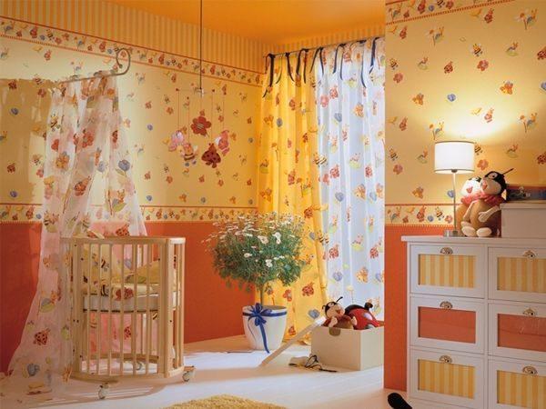 Оранжевый цвет в детской.