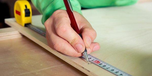 От точности разметки зависит успех раскроя стружечной плиты