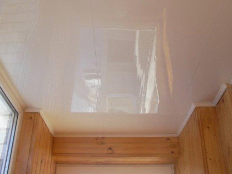 стены из вагонки потолок натяжной фото