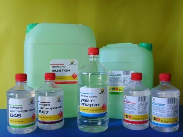 Перед применением нитрошпаклевки разводятся растворителями.