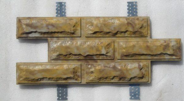 Плитка с креплениями